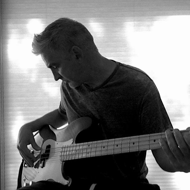 Chris Blomquist